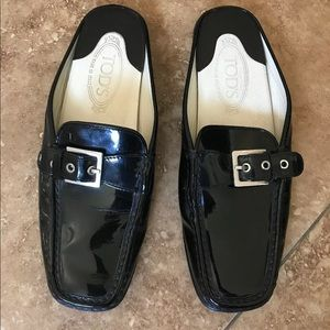 Tod's patent leather mules/loafers 9